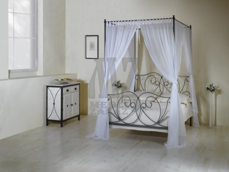 Кровать с балдахином  украина